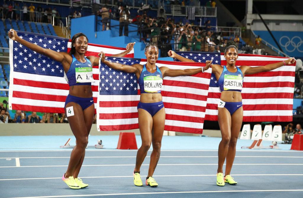 Women hurdlers win top 3